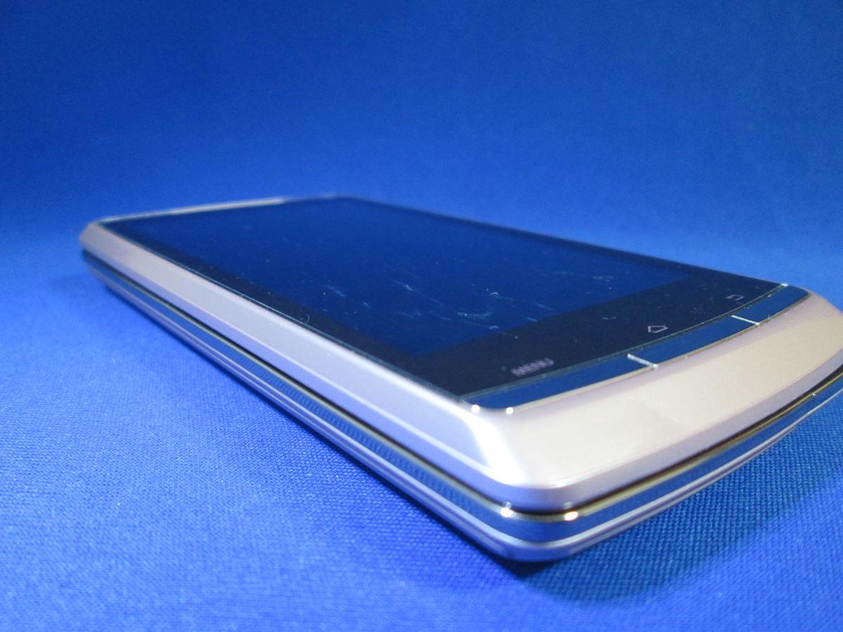 au/東芝/IS11T REGZA Phone