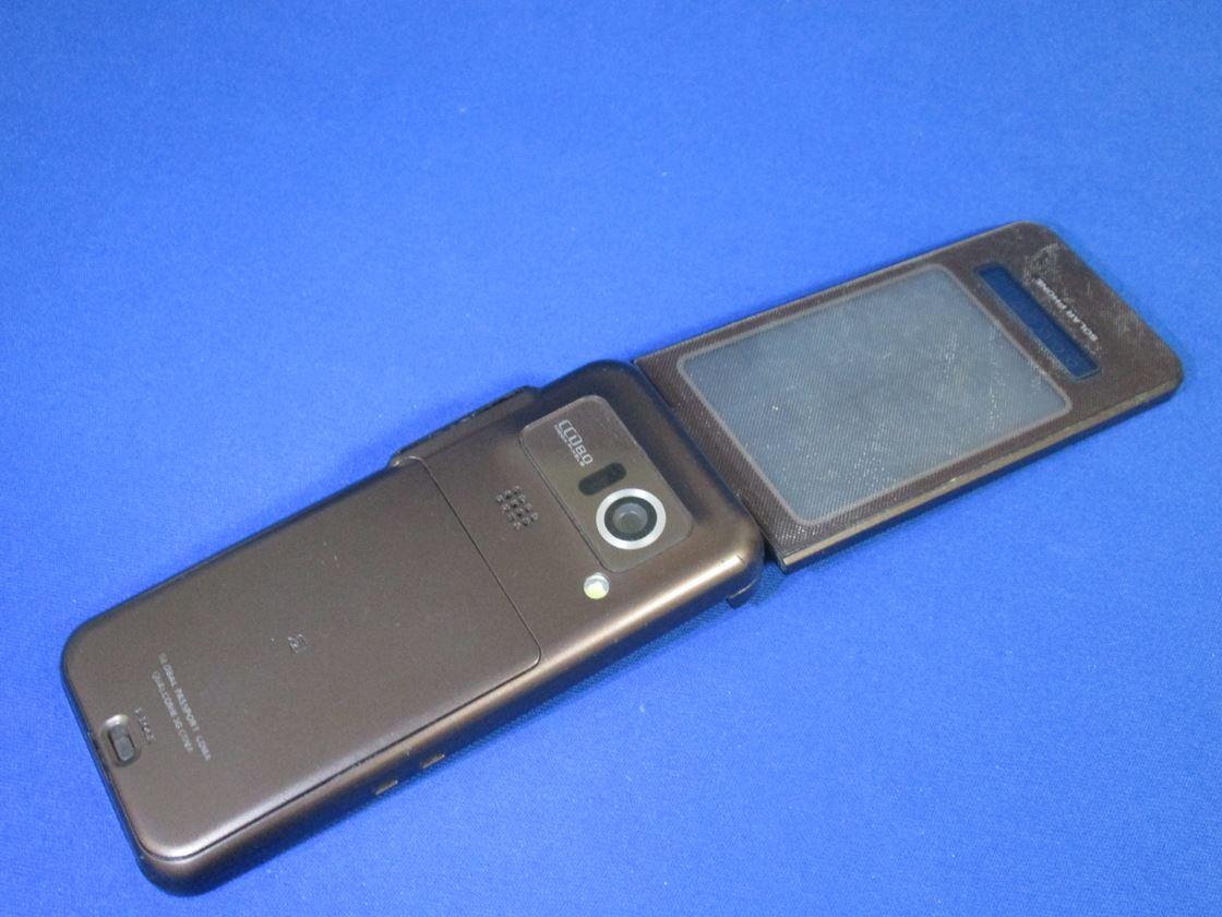 au/シャープ/SH007 SOLAR PHONE
